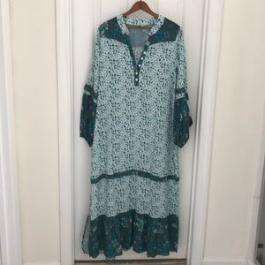 Dresses & Skirts - Boho dress- never worn! Green teal and white.
